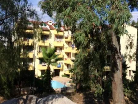 Marmaris Merkezinde Satılık 33 Oda Otel Denize Yakın